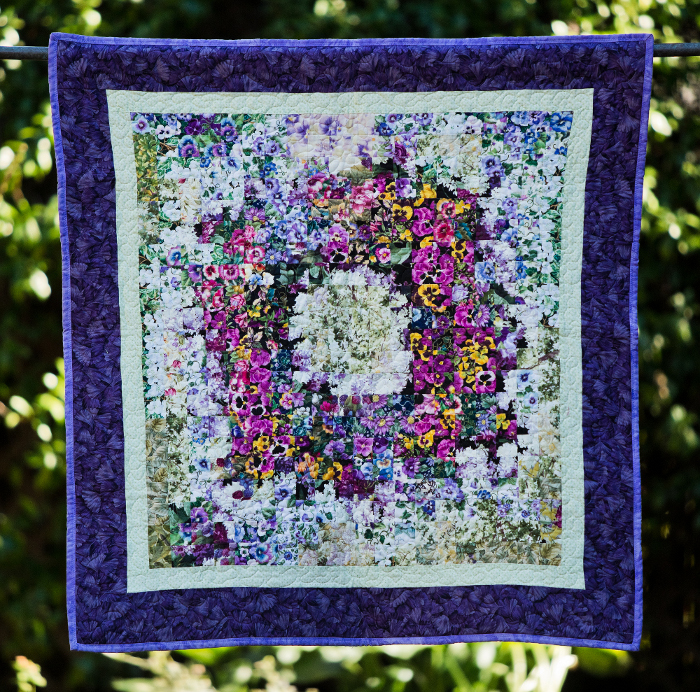 Flower wreath garden quilts by nicole for Front door quilt pattern